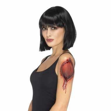 Halloween - gescheurde huid met rits tattoo
